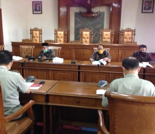 Komisi D DPRD Tulungagung saat hearing LKPJ Bupati tahun 2019 dengan BPBD Kabupaten Tulungagung di Ruang Graha Wicaksana, Selasa (28/4).