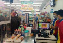 Komisi C dan OPD Pemkab Tulungagung terkait saat sidak di salah satu toko swalayan di Kecamatan Kauman, Kamis (24/9).