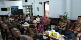 Susilowati menerima kedatangan pimpinan dan anggota Bapemperda DPRD Kabupaten Pamekasan, Rabu (24/2).