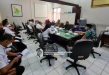 Komisi A saat melakukan hearing di ruang rapat Komisi A, Rabu (15/9).