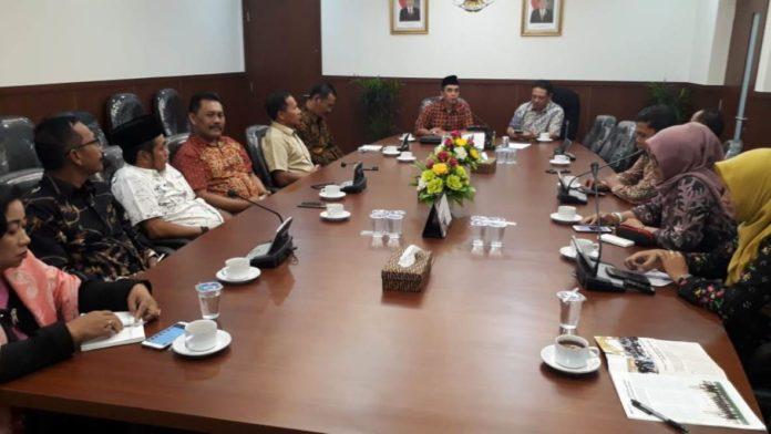 Bapemperda Audiensi Dengan Badan Keahlian Dpr Ri Dprd Kabupaten Tulungagung