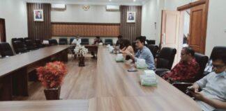 Yuwono saat menerima kedatangan pimpinan dan anggota Pansus III DPRD Kota Salatiga, Rabu (19/8).